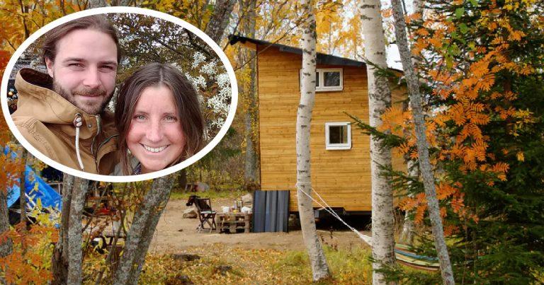 Caroline og Emanuel bygget minihus til 150 000 – sjekk innsiden!